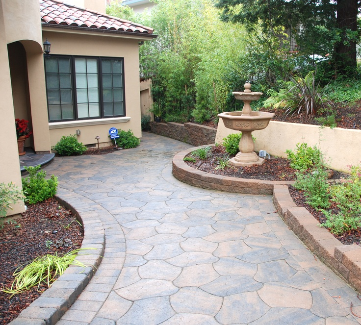 Beautiful Front Yard Landscaping Ideas with Pavers