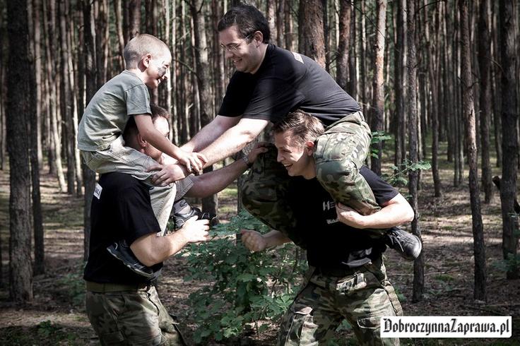 Za łby się biorą ;-) / zajrzyj www.dobroczynnazaprawa.pl @Maciej Gnyszka