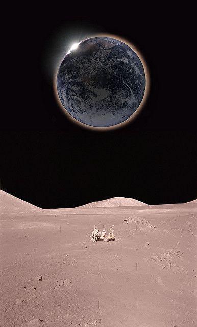 Tus obras son maravillosas, como muy bien percibe mi alma. (Salmo 139:14)  (Eclipse from the moon) SB
