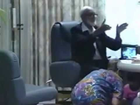 Sheikh Ahmed Deedat's Dialogue With A Jewish Family At His Residence