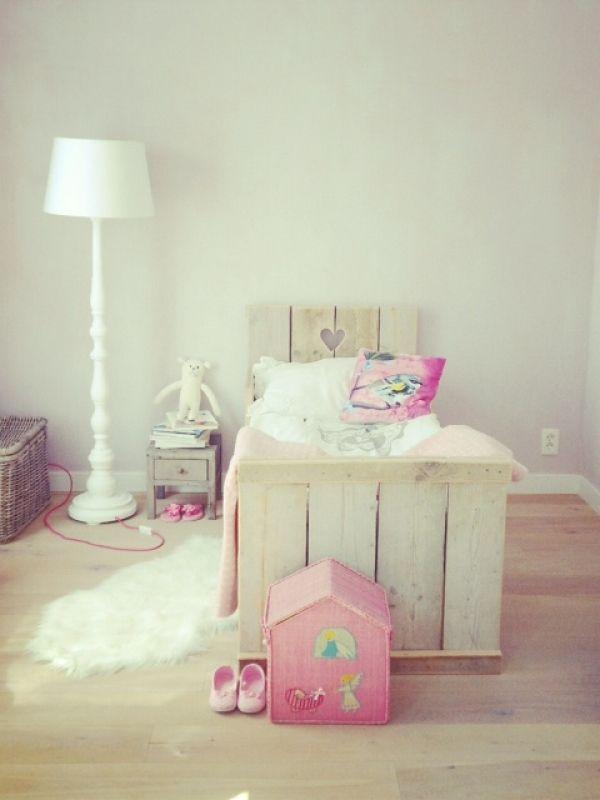 TE LEUK HOUT | www.teleukhout.nl Dit bed is vanaf volgende week ook te koop www.teleukhout.nl