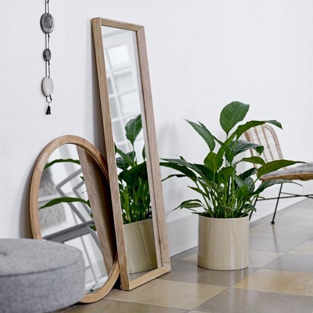 34 besten dekorieren mit spiegeln bilder auf pinterest dekorieren farben und badezimmer. Black Bedroom Furniture Sets. Home Design Ideas