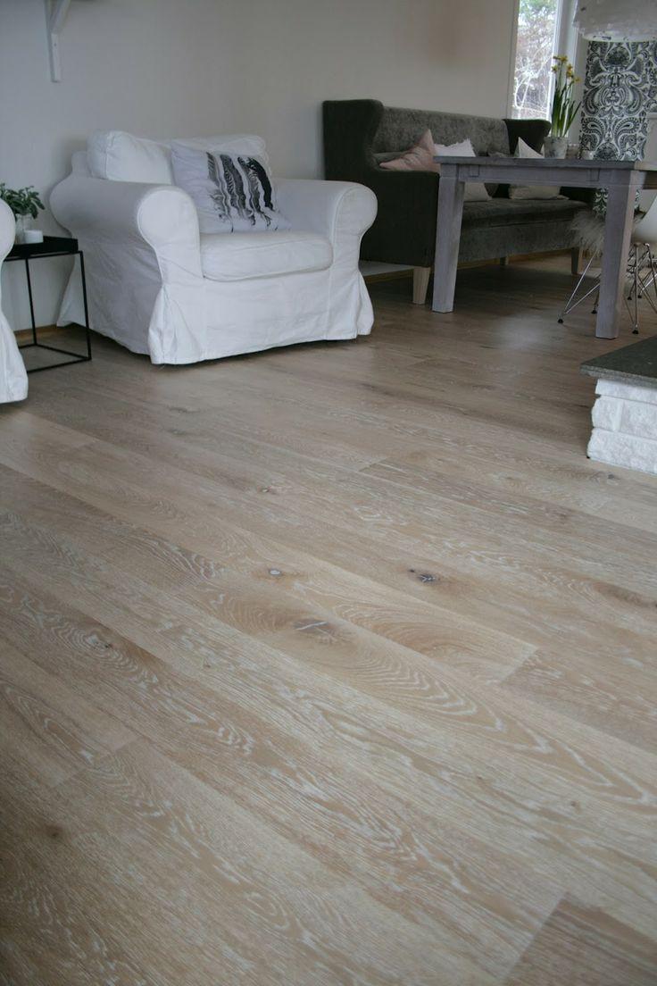 Nytt hus/new floor!