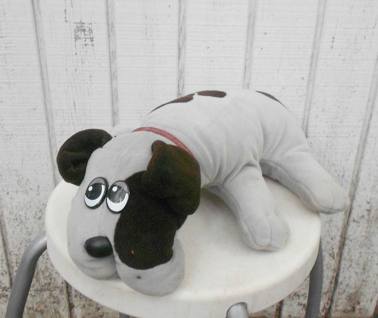 Pound puppy | Pound Puppy Vintage 80's Toy Dog Stuffed Animal Large Pound Puppies