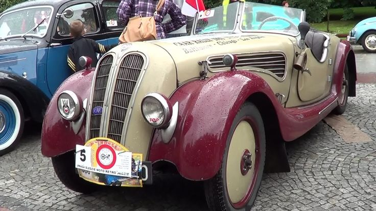 See the beautiful antique motor vehicles