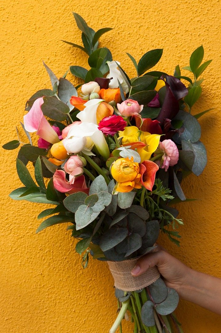 [ad] Click this pin for a special on hand-crafted bouquets!