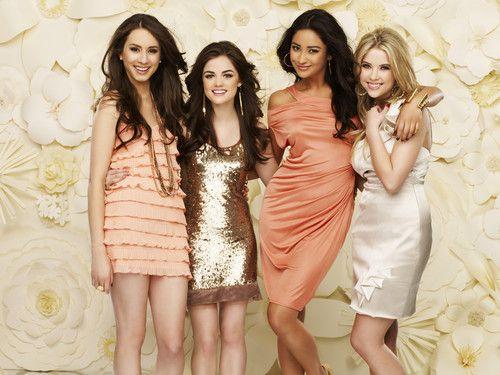 pretty little liars: Lucy Hale, Prettylittleliars, Girl, Style, Dress, Pll, Favorite, Pretty Little Liars