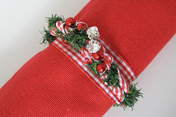 17 DIY Incredible Napkin Rings for Christmas