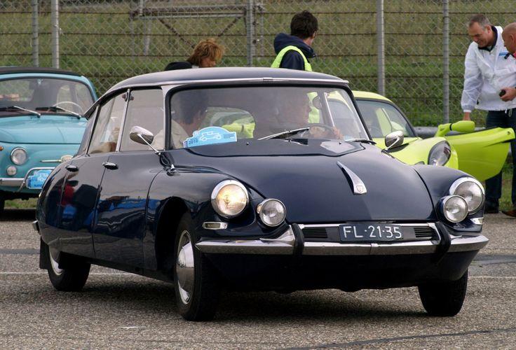 1965 - Citroën DS Ideal 19