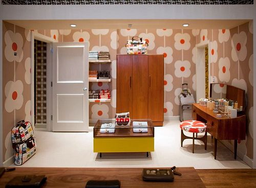 I love orla kiely: Orla Kiely, Funky Wallpapers, Muted Color, Flower Wall, Abacus Wallpapers, Beautiful Things, Orla Shops, Kiely Stores, Beautiful Bedrooms