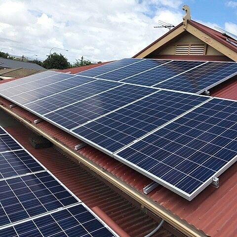 || 9.72KW SOLAR INSTALL ON TIN ROOF || Findon SA  #solarlab #solar #installation #solarpv #solarinstall #panels #install #quality #adelaide #SA #southaustralia #smallbusiness #business #localbusiness #renewableenergy #energy #batterystorage #inverter #solarcutters #sun #sunshine #weather #gosolar #makinginstallseasy #environment #safetyfirst #isolator #ichoosesa