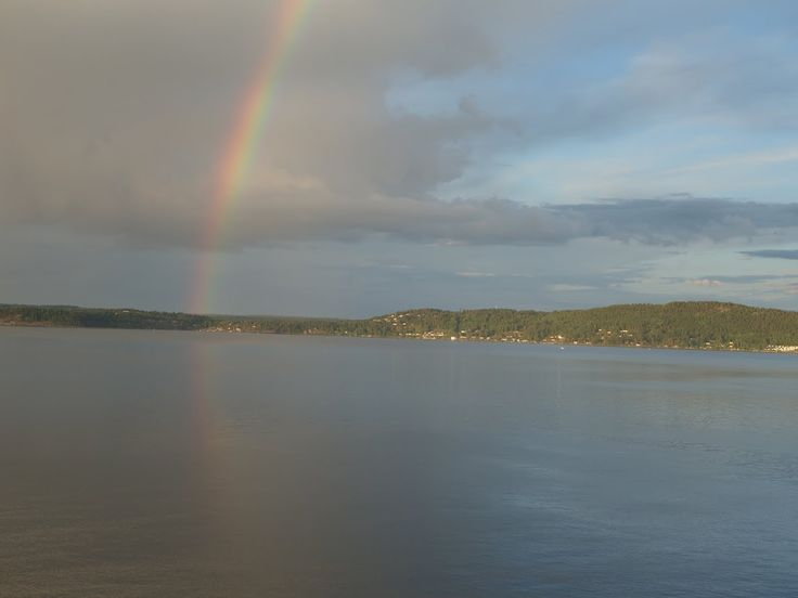 Rainbow over Oslo Fjord PICT_20140701_214232.JPG