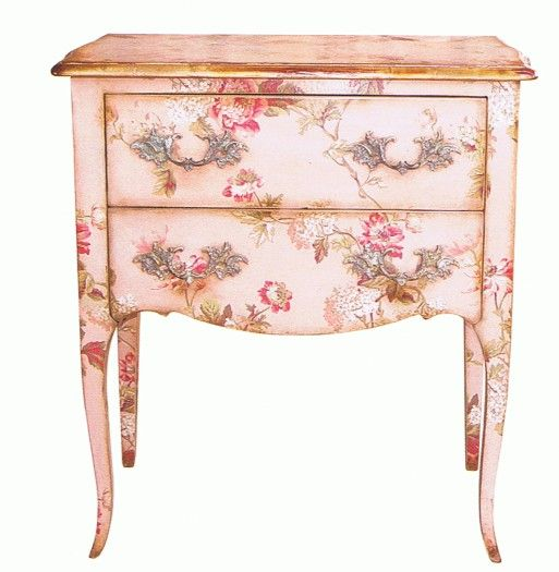 Pretty pink painted nightstand: Paintings Furniture, Things Pink, Floral Prints, Decor Ideas, Decopodg Furniture, Pretty Pink, Shabby Chic, Pink Paintings, Paintings Brushes