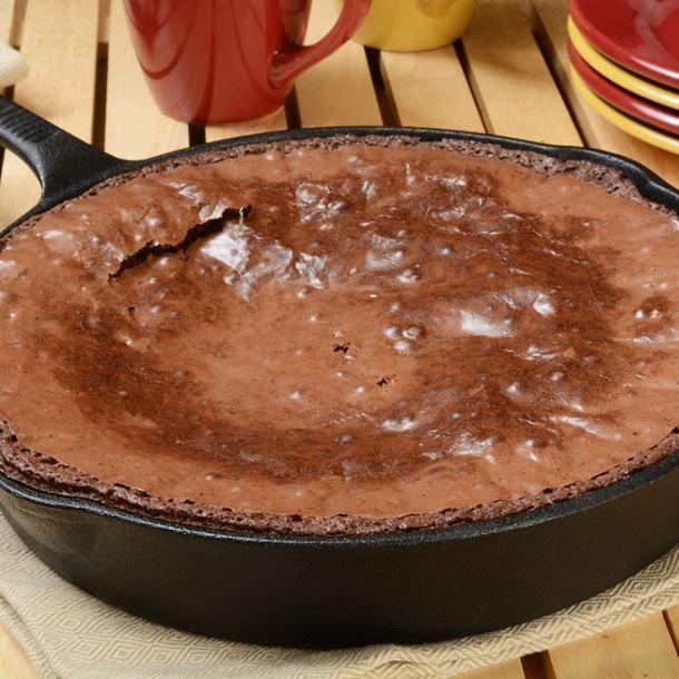 Gâteau brownie au chocolat à la poêle