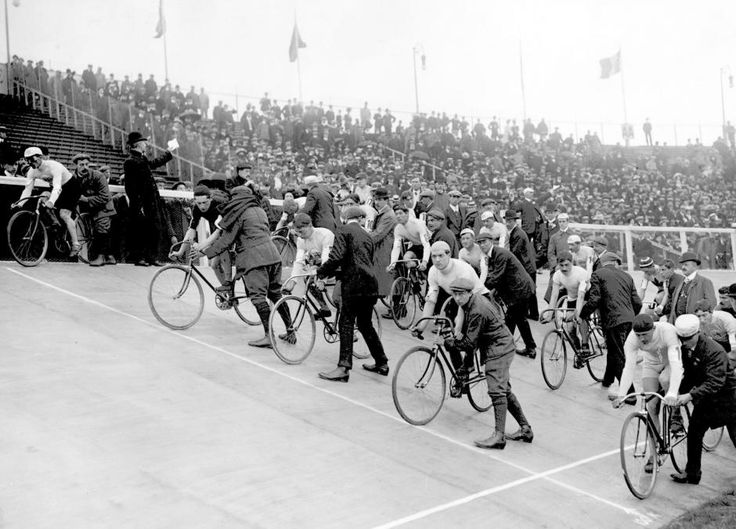 The start of the 100-kilometres cycle race at the 1908 Summer Olympics in London. #BravelyDone #DeschutesBeer