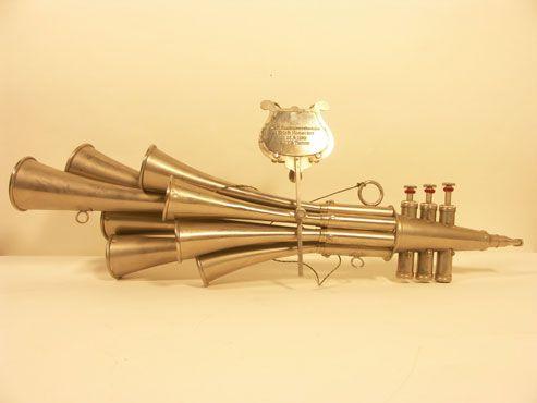Schalmei é um instrumento popular na E. escolas alemãs bandas da cidade de bronze pequenos. Fácil de aprender jogo, ela está intimamente associada com as lutas do movimento operário alemão entre as Guerras Mundiais. Regionalmente, ele está conectado com a parte da Alemanha Oriental chamado Thüringen e com a Saarland, na Alemanha Ocidental, onde o líder do Partido Socialista Erich Honecker cresceu.