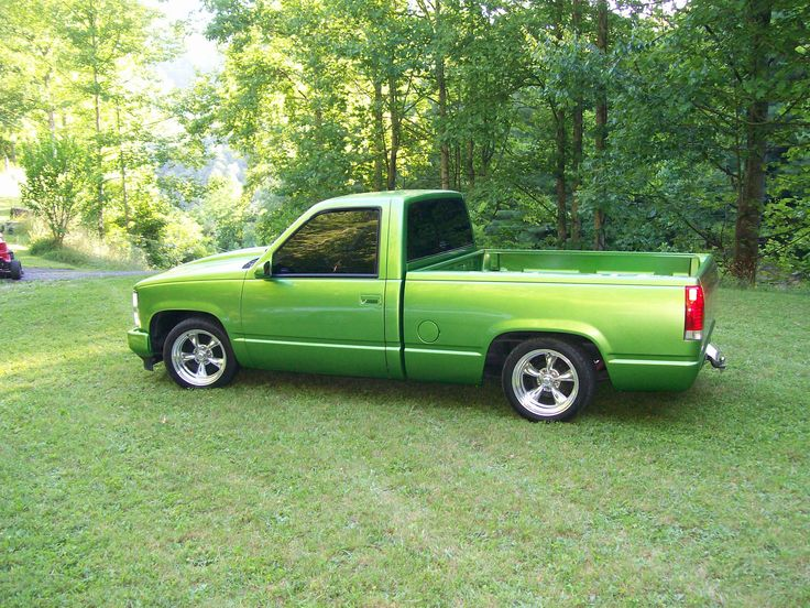 """1989 Chevy C1500 Cheyenne using a Western Chassis C1500 4"""" front / 6"""" rear lowering kit. http://westernchassisinc.com/2012/1989-chevy-cheyenne-c1500-restoration/"""