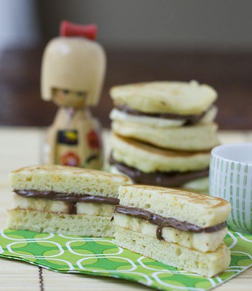 Recipe: Nutella Banana Dorayaki (Japanese Pancake Sandwiches) for Hinamatsuri Girl's Day|バナナどらやき