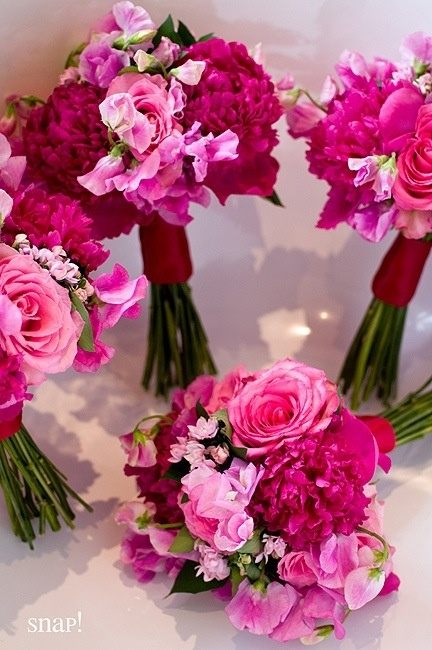 The Chic Technique:  Shades of pink wedding bouquets.