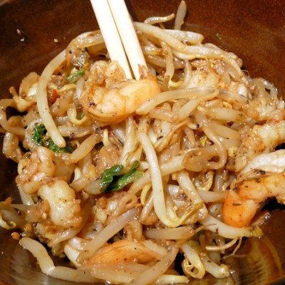 Under 150 Calories!  Shrimp and Bean Sprouts Stir Fry Recipe:)