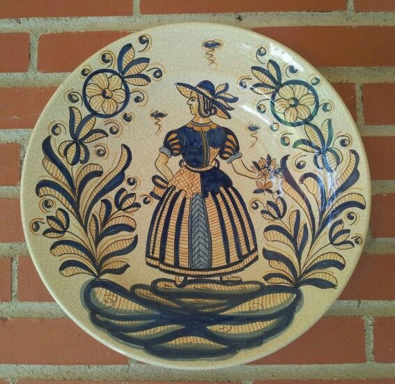 8 best images about espa ola on pinterest ceramics for Ceramica talavera madrid