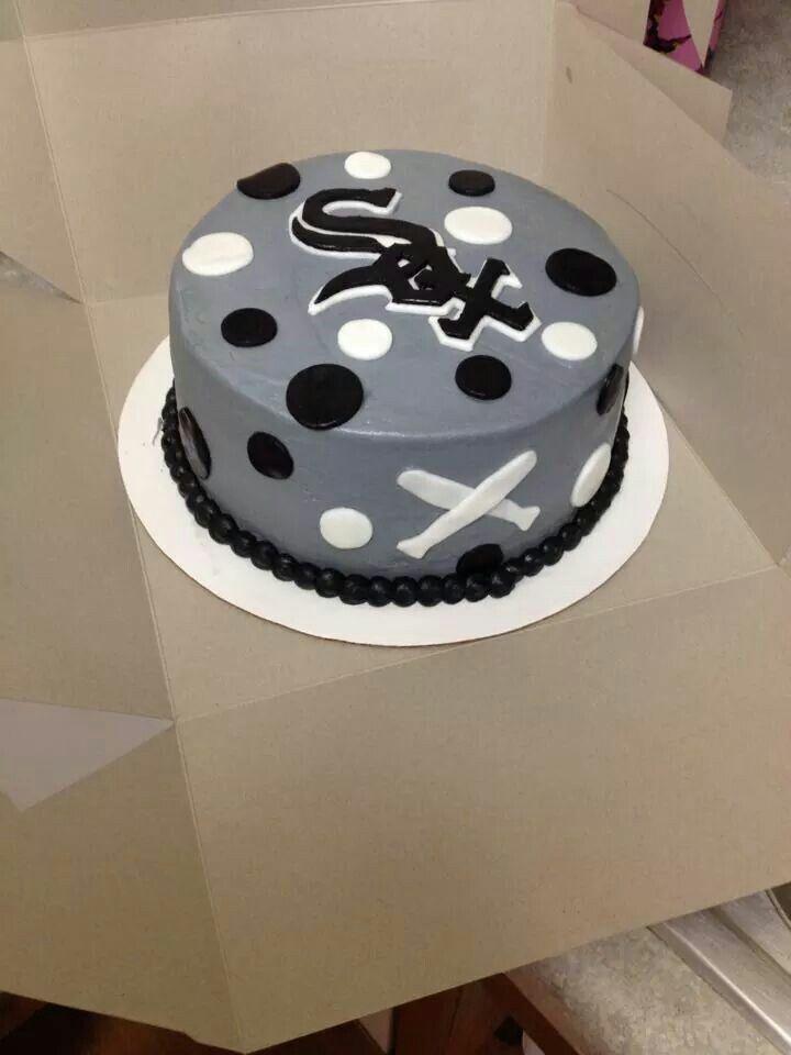 Chicago White Sox baseball cake