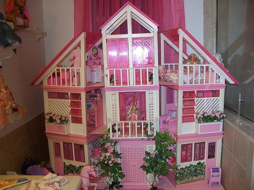 Vintage Barbie dream house * pink balcony doors!!  1980 | eBay