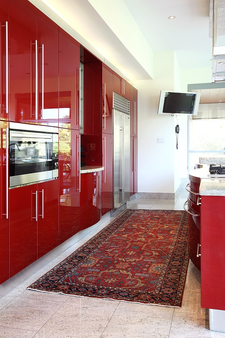 glossy red kitchen cupboards - Red Kitchen 2015