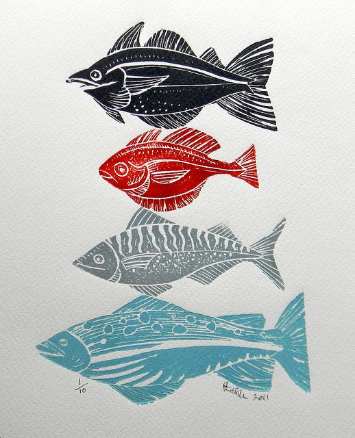 Creating individual lino prints of a fish or an animal can collectively work really well together as a large image. Imagine having a massive canvas or a wall of fish created by your staff.
