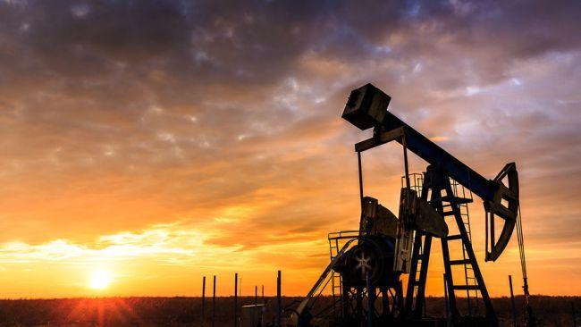 Что будет, когда Земля потеряет свою кровь? http://fito-center.ru/hronika-neobychnogo/gipotezy-i-issledovaniya/66925-chto-budet-kogda-zemlya-poteryaet-svoyu-krov.html  Нефть – это золото нашего века. Эта жидкость является более ценной, чем драгоценные металлы и в то же время наиболее востребованной. Одним нефть приносит богатства и жизнь похожую на рай, а другим зависимость, обнищание и вооруженные конфликты. За обладание черным золотом уже больше века идет настоящая война. Горячая фаза…