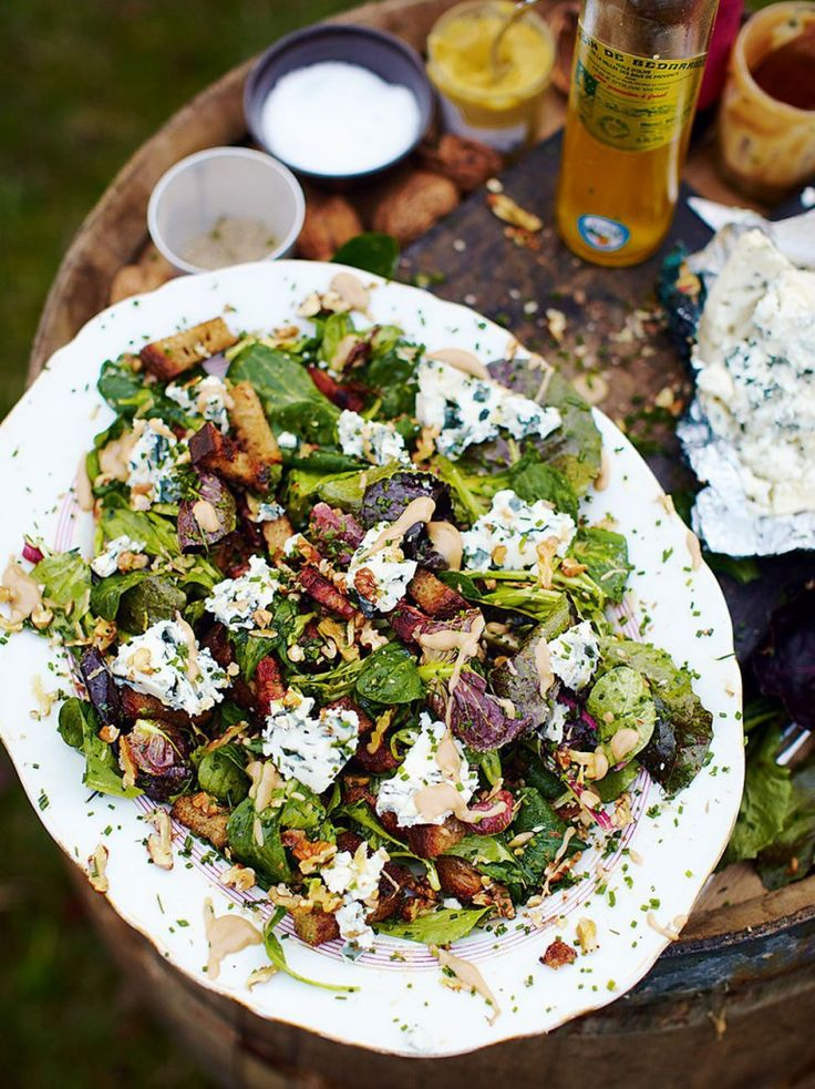 Roquefort salad with warm croutons and lardons