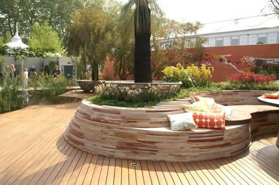 Love the built in planter bench - Australian entry - Chelsea Garden Show