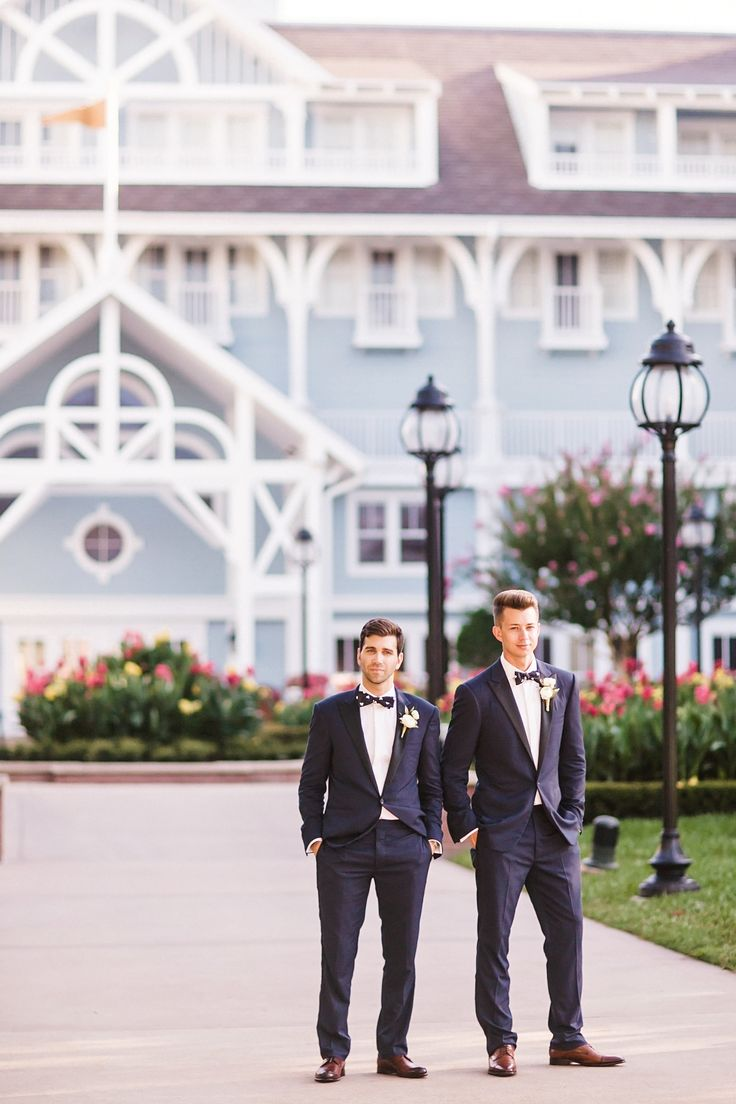 Weddings at disney parks and resorts - Be Sure To Check Out Nate Brian S Incredible Walt Disney World Wedding At Disney S Yacht