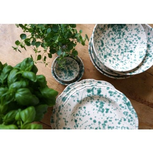 eva braun oscar o clothilde Stänkmålad tallrik, en genuin italiensk tallrik i högkvalitativ keramik och med karaktäristiskt mönster av gröna stänk.
