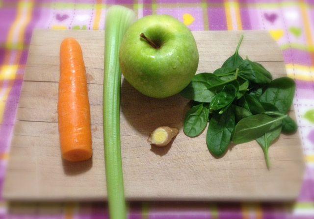 succo-raffreddore-estratti-carota-sedano-mela-zenzero-spinaci-crescita-spirituale