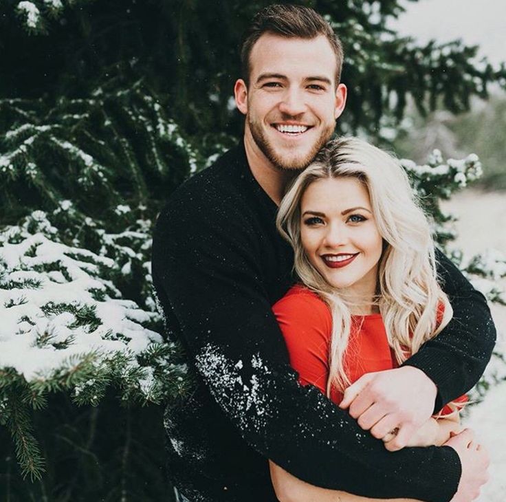 Witney Carson engagement pictures