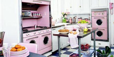 Pink Retro Kitchen Decorating Ideas - Vintage Kitchen Decor