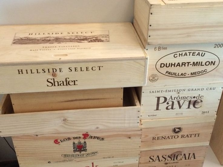 Rare wooden wine crates for sale. Dont miss. Good condition.Call now at 93470673