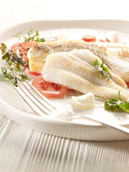 Recepten - Pladijs, gefileerd en gebakken, carpaccio van Coeur de Boeuf, met feta en citroenolie