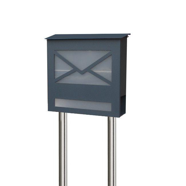 Der coole Design Standbriefkasten LETTER3 bringt Frische in Ihren Eingangsbereich und lässt ihn zum Hingucker werden. Made in Germany! Ausstattung : Schloss  links: von links nach rechts zu öffnen; sehr hochwertig mit...