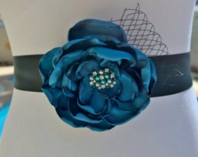 Teal flor de raso Sash / novia Sash vestido cinturón / cinturón de Dama de honor / negro marco / cinturón de novia / hoja de novia Teal Sash vestido negro Sash de la cinta
