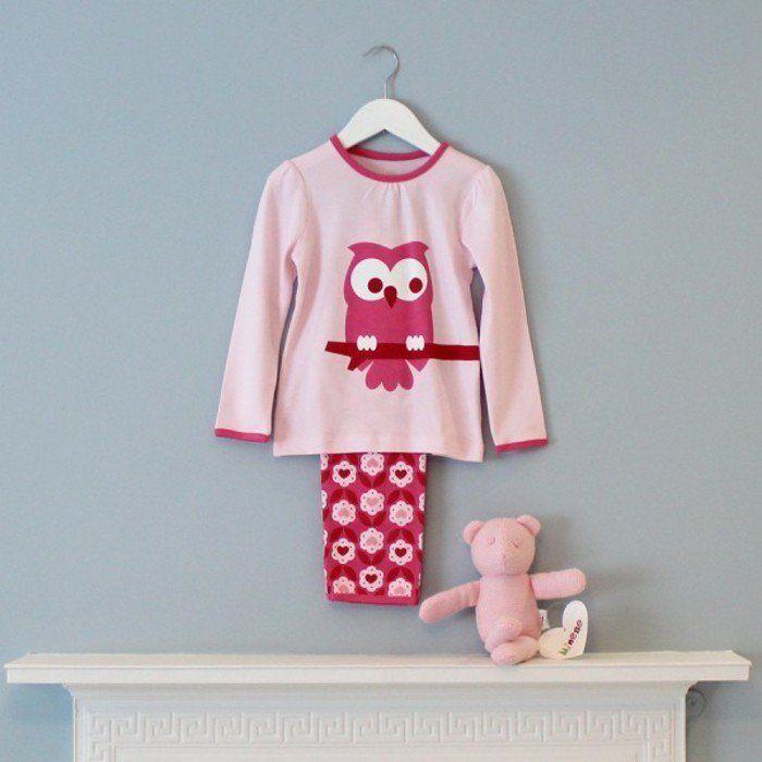 les 25 meilleures id es de la cat gorie pyjama naissance gar on sur pinterest pyjama bebe. Black Bedroom Furniture Sets. Home Design Ideas