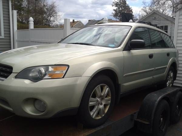 2005 Subaru Outback Wagon Parting Out (Bridgeport)