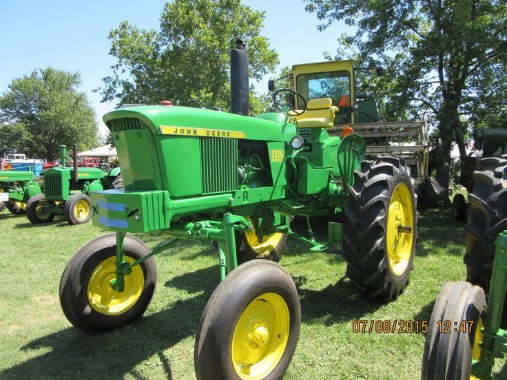 John Deere 2520 hi crop