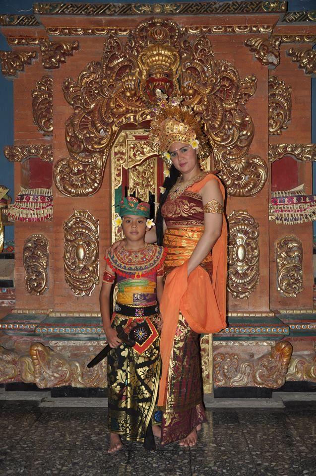 #bali #baliholidays #vacationtobali www.baliholidays77.com: Bali Holidays : Traditional Balinese Dress That Im...