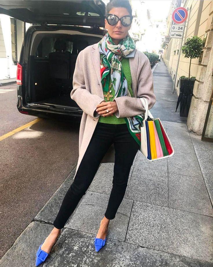 Giovanna Engelbert (@bat_gio) on Instagram: «Ciao Milano #verymilanese Miss Manolo  @manoloblahnikhq @sara_battaglia  @frame coat…»