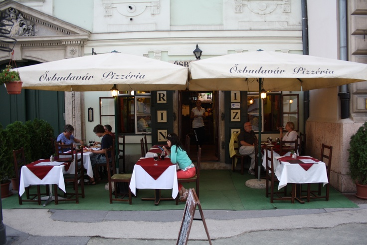 Osbudavar Pizzeria: This pizzeria is just seconds from the Fisherman's Bastion and St Mathias Church. Staff are friendly, the selection of pizzas is good, ingredients are fresh, and, considering it's touristy location, it's good value also.