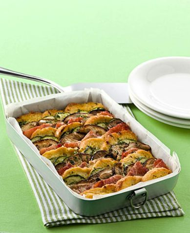 Pasticcio di pane Ecco la ricetta per un originale, golosissimo ed economico pasticcio di pane e verdure