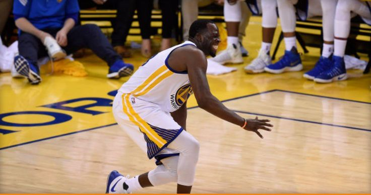 Draymond Green Injures His Knee Against Houston And Is Uncertain For The Next Game (Video)