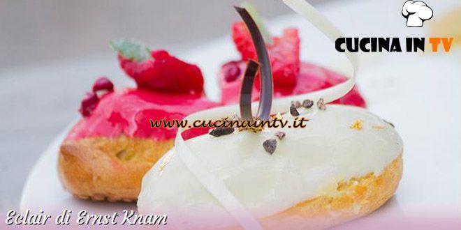 Ingredienti e procedimento della ricetta Eclair di Ernst Knam per la trasmissione Bake Off Italia condotta da Benedetta Parodi.